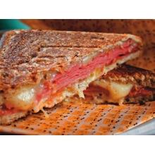 sanduicheira ferro fundido grill real, sanduicheira fogao, panela mineira, fumil, 02 paes, tostex, tostqueira