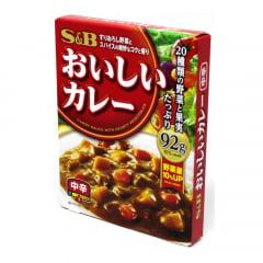 Karê Pronto Curry Sauce Sabor Picante nível Médio S&B - 92 gramas