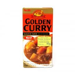 Tempero Golden Curry Amakushi com Sabor Suave Picante nível Fraco S&B - 92 gramas
