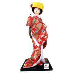 Boneca Japonesa Gueixa Artesanal com Kimono Vermelho e Chapéu de Noiva
