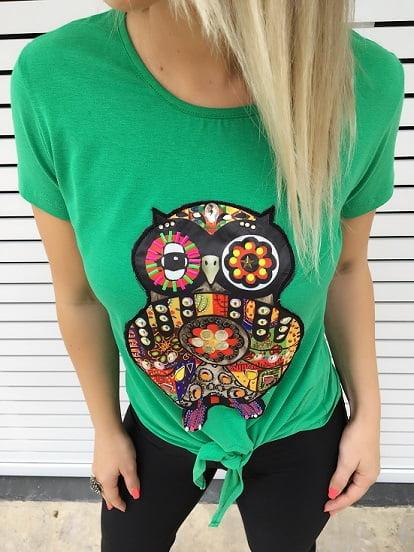 T-Shirt Bordada Verde com Amarração