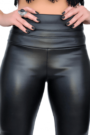 Calça Skinny Neoprene Cós Triplo Preta